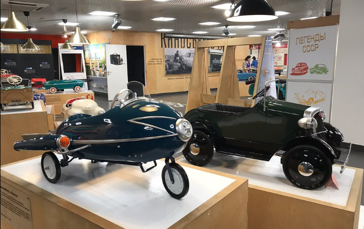 Музей автомобильный историй приглашает 7 марта отметить дамский праздник